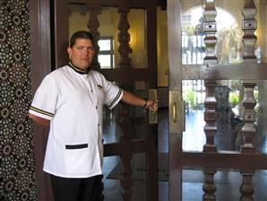 080401_Cuba_hotel.standard
